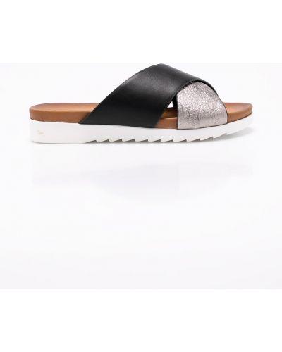 Черные сандалии Tamaris