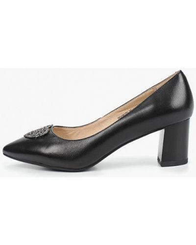 Туфли на каблуке черные кожаные Pierre Cardin