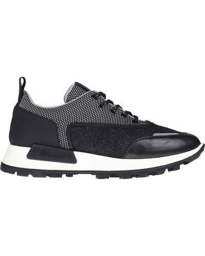 Черные кроссовки Barracuda