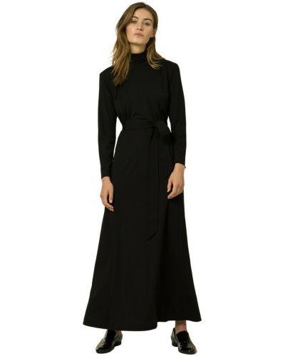 Czarna sukienka Ivy & Oak