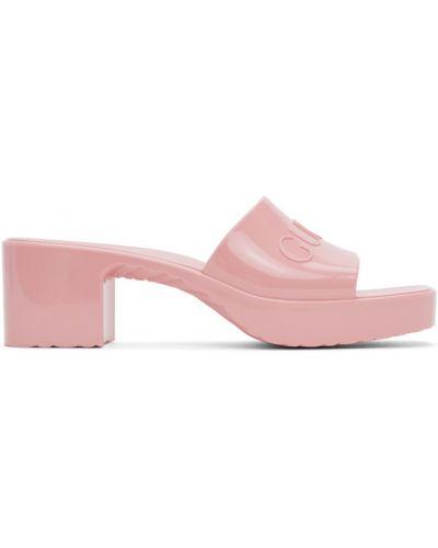 Z paskiem różowy sandały plac na pięcie Gucci