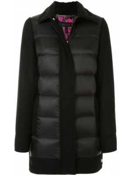С рукавами черная куртка с воротником Escada