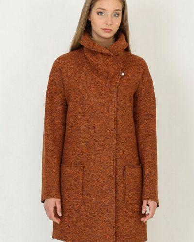 Пальто - оранжевое Trifo