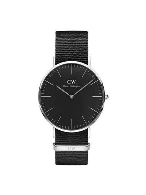 Кварцевые часы с черным циферблатом матовые Daniel Wellington