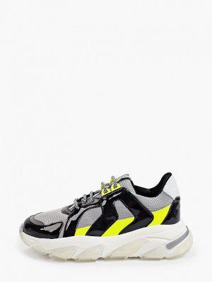 Серые лаковые кроссовки Roobins