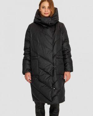 Зимняя куртка черная осенняя Stradivarius