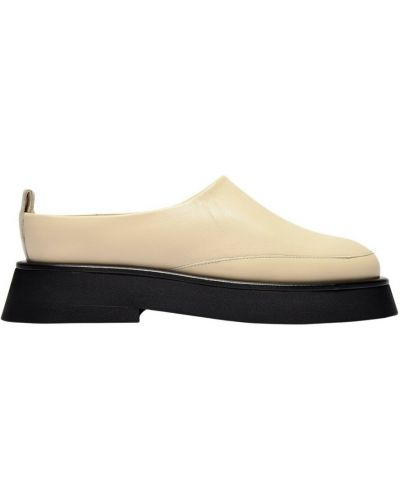 Beżowe loafers Wandler