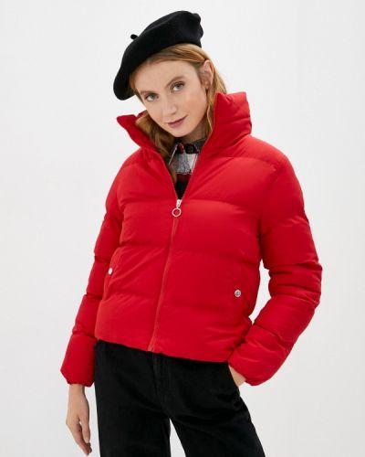 Теплая красная утепленная куртка Defacto