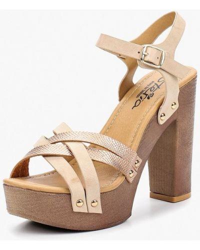 Бежевые босоножки на каблуке Isteria