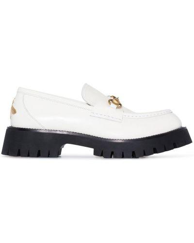 Białe loafers skorzane Gucci