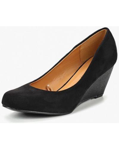 Туфли на каблуке черные Topway