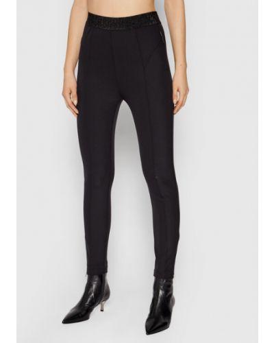 Czarne spodnie materiałowe Silvian Heach