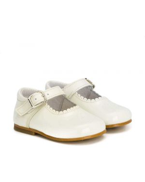 Туфли белые Andanines Shoes