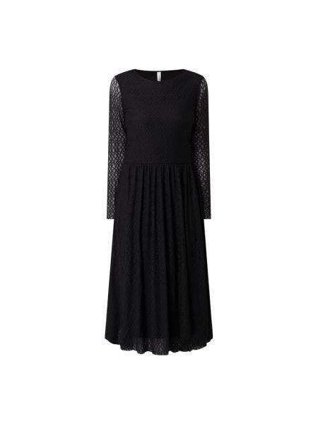 Czarna sukienka rozkloszowana z długimi rękawami Soyaconcept