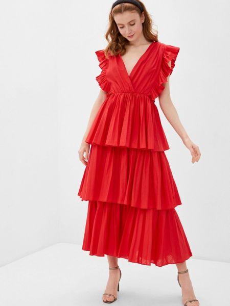 Розовое платье True Decadence