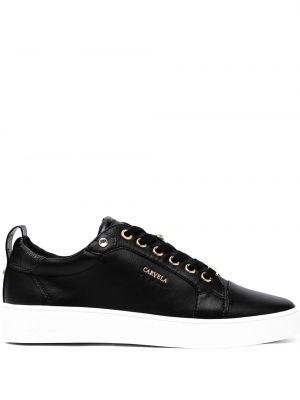 Białe sneakersy koronkowe Carvela