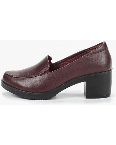 Кожаные туфли на каблуке бордовый Baden