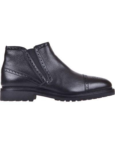 Кожаные ботинки осенние черные Pertini