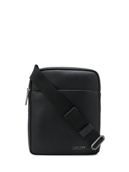 Черная сумка на плечо на молнии с подкладкой Calvin Klein