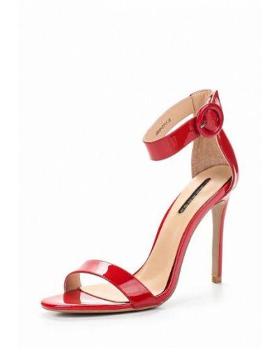Красные босоножки на каблуке Winzor