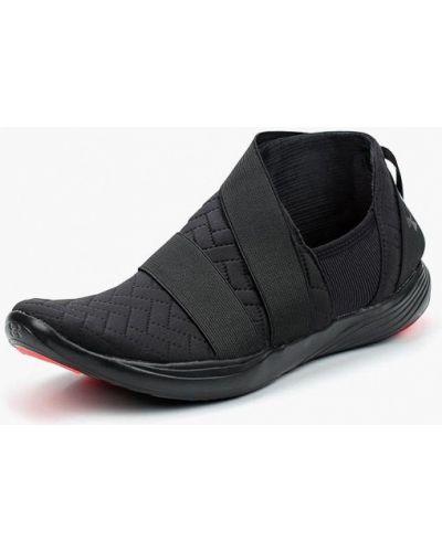 Черные кроссовки Under Armour
