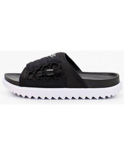 Текстильное черное сабо Nike
