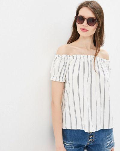 Блузка с открытыми плечами белая весенний Vero Moda