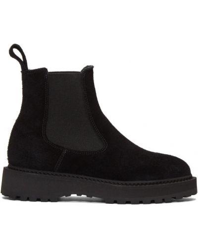 Черные сапоги на шпильке на каблуке с острым носом с воротником Diemme