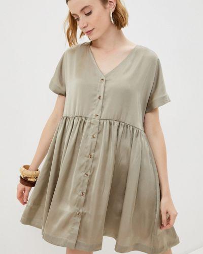 Прямое бежевое платье Ichi