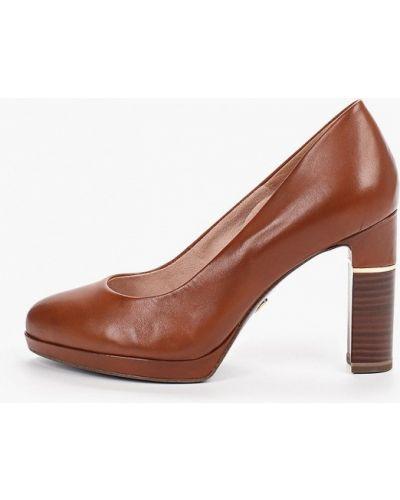 Туфли на каблуке кожаные коричневый Heart & Sole By Tamaris