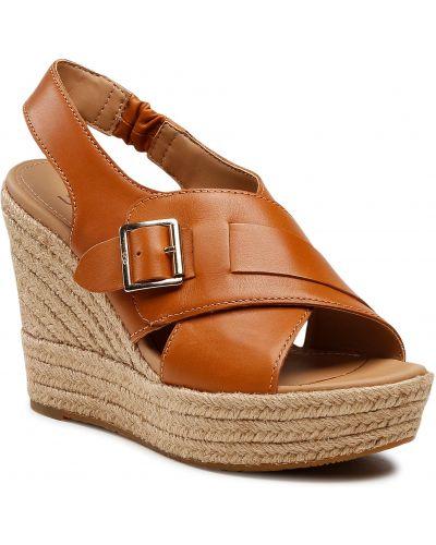 Sandały espadryle - brązowe Ugg