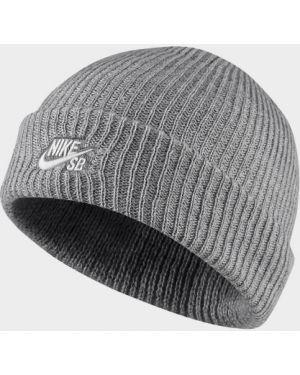 Спортивная акриловая шапка Nike