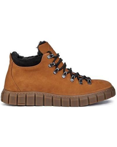 Замшевые ботинки челси - коричневые Vadrus