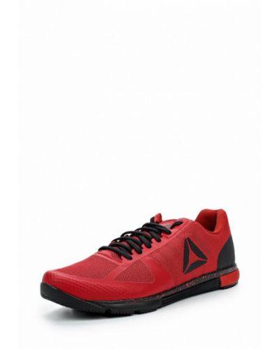 Красные кроссовки Reebok