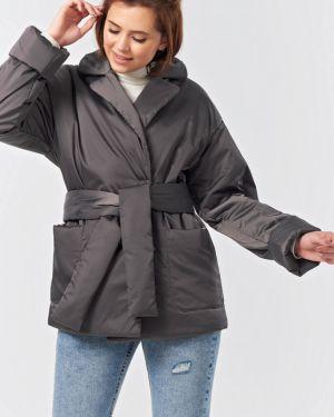 Утепленная куртка с карманами с подкладкой Fly