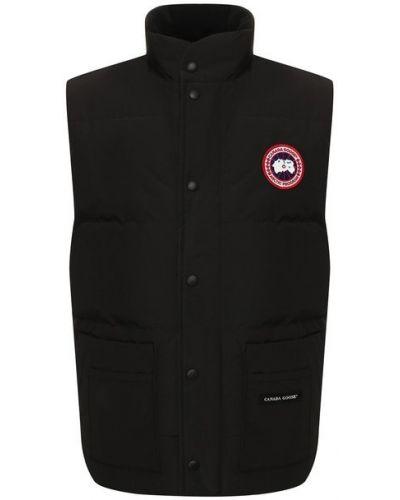 Черная пуховая жилетка с карманами Canada Goose