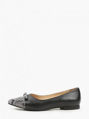 Кожаные черные туфли Hestrend