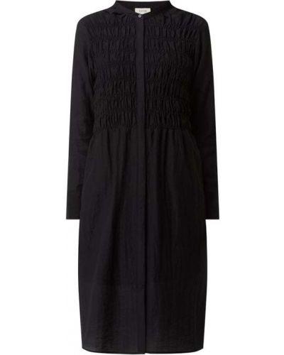 Czarna sukienka koszulowa rozkloszowana z wiskozy Levete Room