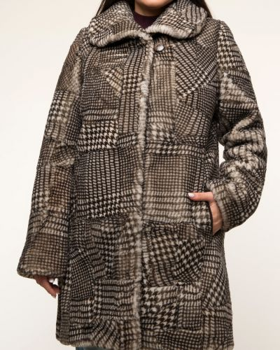 Пальто из овчины - бежевое Dzhanbekoff