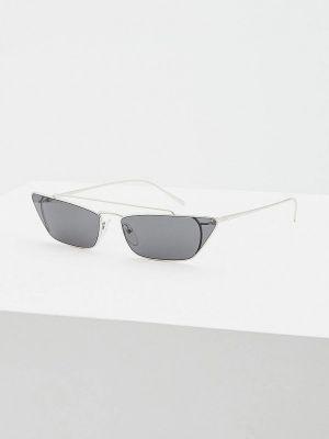 Солнцезащитные очки серебряного цвета Prada