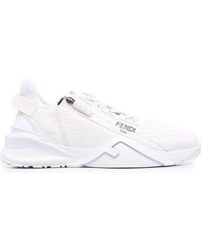 Белые кроссовки на шнуровке Fendi