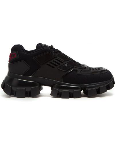 Черные кроссовки на шнуровке со вставками Prada