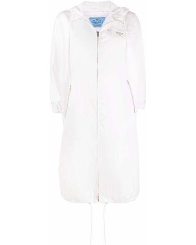 Biały płaszcz przeciwdeszczowy z nylonu z kapturem Prada