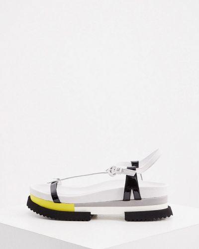 Кожаные сандалии - белые Fabi