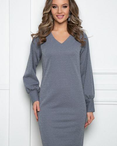 С рукавами трикотажное платье макси новогоднее Bellovera