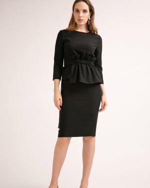 Зауженная юбка миди - черная Emka