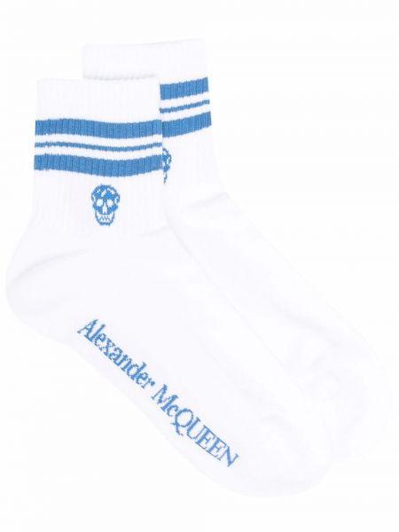 Белые носки с черепами Alexander Mcqueen