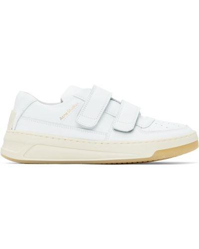 Белые кроссовки с заплатками Acne Studios