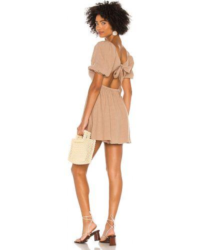 Beżowy sukienka z kieszeniami Majorelle