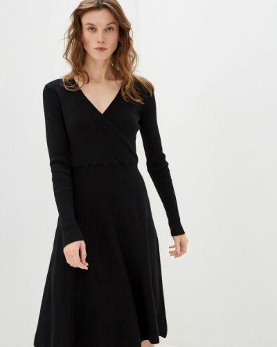 Трикотажное вязаное черное платье By Swan